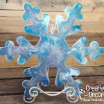 Resin Pour Snowflake on Creatively Uncorked Crafts https://creativelyuncorked.com/